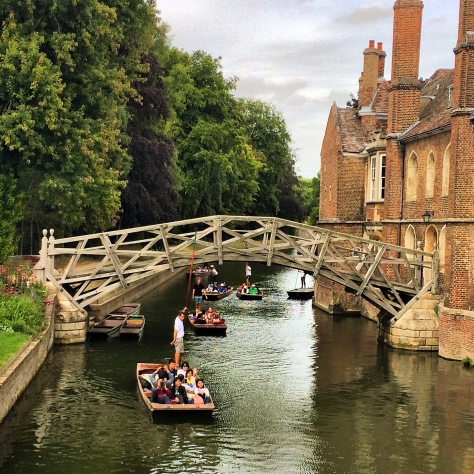 Los puentes de Cambridge: La leyenda del Mathematical Bridge