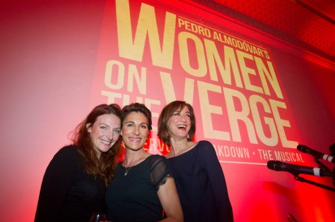 Tres protagonistas de esta versión de Mujeres al Borde de un Ataque de Nervios.