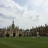 Una vista desde el interior del College.