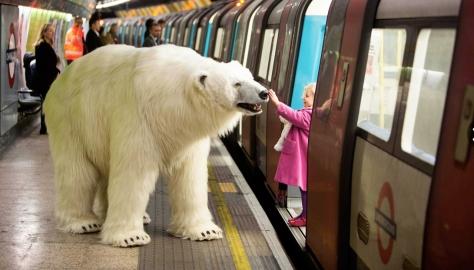 Un inesperado pasajero en el metro de Londres.