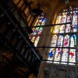 Una de las vidrieras de ca capilla.
