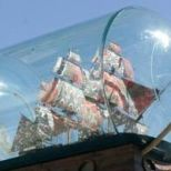 Nelson's Ship in a Bottle de Yinka Shonibare (2010 - 2012)