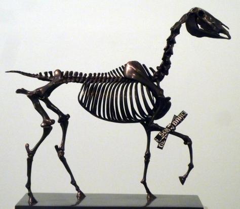 Hans Haacke ocupará el pedestal con su obra Gift Horse.