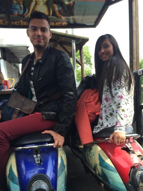 Comer en una scooter es una de las señas de identidad de Camden Lock Market.