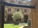 Uno de los patios interiores del Christ Church College.