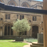 Uno de los patios interiores del Christ Church College.